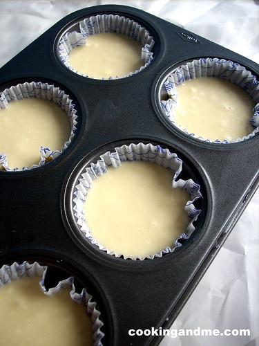 Basic Vanilla Cupcakes-Vanilla Sponge Cupcakes Recipe