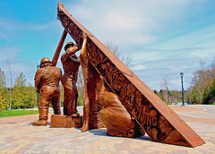 0004952 (To all that visit, Thank you) Tags: workers 100views april28 ©allrightsreserved commemorates saintjohnnbcanada thenationaldayofmourning killedorinjuredonthejob sculpturecastinbronze