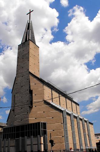 Biserica italiana - Mihai Bravu by claudiunh