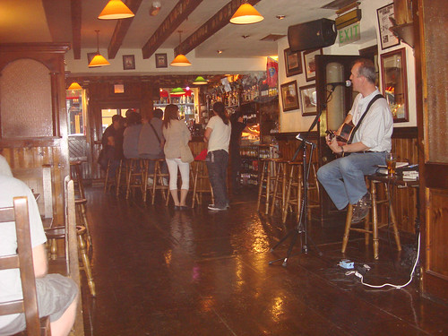 Live music in O'Donnabhain's