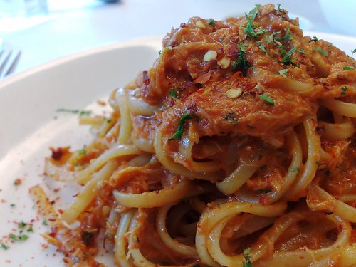 Crabmeat Linguini with Chili Tomato Cream