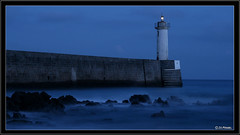 Appel de phare (jo.pensel) Tags: longexposure sea lighthouse bretagne phare finistre atlantique ocan audierne raoulic capsizun francelandscapes