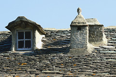 Corsica : chimneys and window (christing-O-) Tags: roof summer vacation chimney sculpture france window face stone head corsica 2008 fentre castagniccia chemine lauze 1on1objectsphotooftheweek 1on1objectsphotooftheweekseptember2008