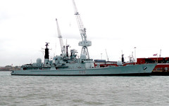 HMS Manchester (D95) (Terry Wha) Tags: portsmouth warship royalnavy hmsmanchester type42 d95