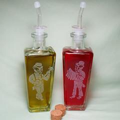 bottle_badger (BreadnBadger) Tags: glass bottles recycled spout oilandvinegar breadandbadger