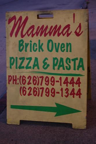 mammas brick oven 001