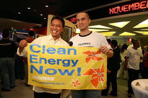 Greenpeace hosts 'green' carpet screening of 'An Inconvenient Truth'