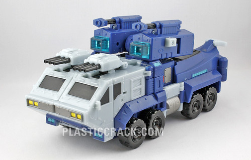 TF Animated Ultra Magnus (alt mode)