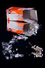 cracked bulb (Martin Lonicer) Tags: glass lightbulb bulb mirror nikon softbox shards cracked fragments d80