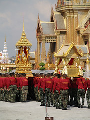 PB028643 (giftschen) Tags: thailand army bangkok ceremony royal thai tradition cremation