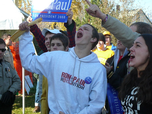 "A very enthusiasic Ron Paul supporter screaming ""FREEDOM! FREEDOM!"" Olive Court tailgater, University Heights, 11/17/07"
