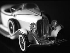 Auburn 1933 (josepreial) Tags: bw white black classic car auburn voiture bin coche blanc negre 1933 roadster classique cotxe josepreial