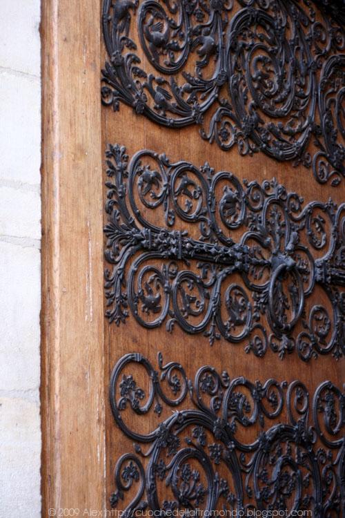 Porta Notre Dame