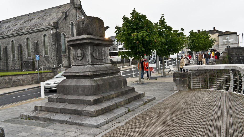Limerick City - Treaty Stone