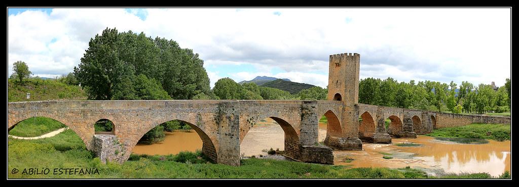 Puente medieval de Frías (Burgos) España