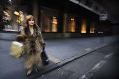 cheetah (u n c o m m o n) Tags: street nyc newyork lady us sfo furcoat 5thave shopper uncommon saksfifthave streetshooter 5ftavenue marcusclaesson blurrycameraaction