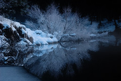 Hoarfrost on the Merced River, Yosemite (Tyler Westcott) Tags: winter snow reflection ice river frost hoarfrost symmetry yosemitenationalpark januray mercedriver nikond40