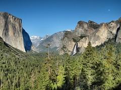 Yosemite Valley Tunnel View (harriskeir) Tags: trees moon olympus yosemite halfdome nik yosemitenationalpark elcapitan zuiko leaningtower bridalveilfalls yosemitevalley tunnelview thethreegraces e510 zd niksoftware viveza