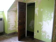 Weston State Hospital - Green Closet (neshachan) Tags: door green closet wv westvirginia weston greenroom wva opendoor closetdoor opencloset westonstatehospital westonwv