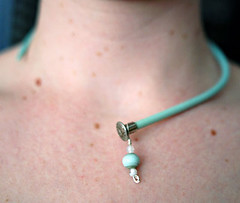 aqua needle necklace