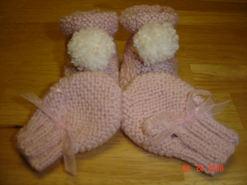 Simple Booties & Scratch Mittens