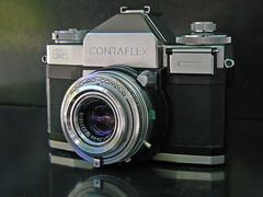 Contaflex front (Riex) Tags: camera slr art zeiss lumix photography gear ikon productdesign contaflex madeingermany appareilphoto fz7 leicadcvarioelmaritlens