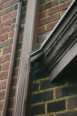 Bay window gutter detail