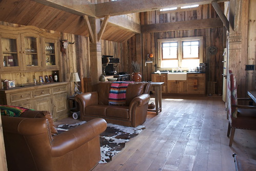 Im living in a place like this, so any wonder Im listening to Cowboy songs?