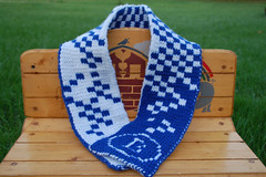 Double knit Scarf (Poopshe_Bear) Tags: scarf square knitting acrylic handmade knit handknit knitted bluewhite whiteblue exchequered