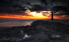 (Paul Fessey) Tags: night landscape paul photography nikon hdr d300 d40 tonemap fessey lighthousetrek omglawl