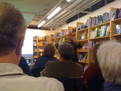 Frank Wilczek talking at Reiters Books in Washington, DC