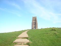 St. Michael's Tower - Glastonbury Tor (Rob White1) Tags: tower glastonbury somerset druid nationaltrust touristattraction avalon pagan glastonburytor spiritualism somersetlevels stmichaelstower isleofavalon