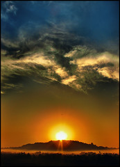 Sun & Clouds (bnilesh) Tags: sun india clouds goa iloveit mywinners flickrdiamond goldstaraward thebestofday gününeniyisi