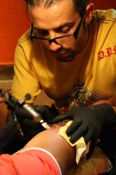 on-fnac-01-on tattoo
