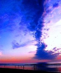 Final Light Pacific Beach, San Diego, California (moonjazz) Tags: california pink blue light sunset sky reflection beach water beauty clouds wonder relax twilight perfect soft flat pacific sandiego pastel joy fine wave playa shore zen tiny refraction end fade meditation pacificbeach dim bliss soe blend horizen ceilo 5photosaday mywinners flickrlovers