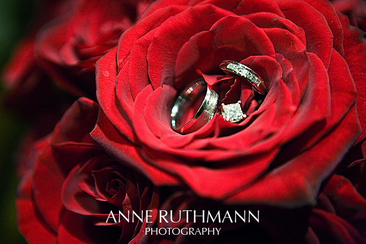 Classic Red Rose Wedding Rings