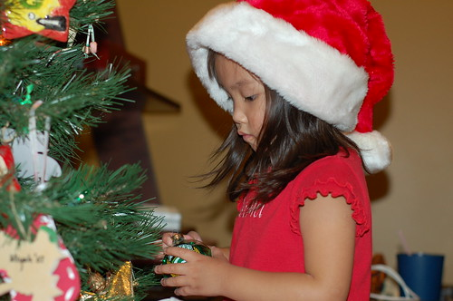 Decorating the little tree (8)
