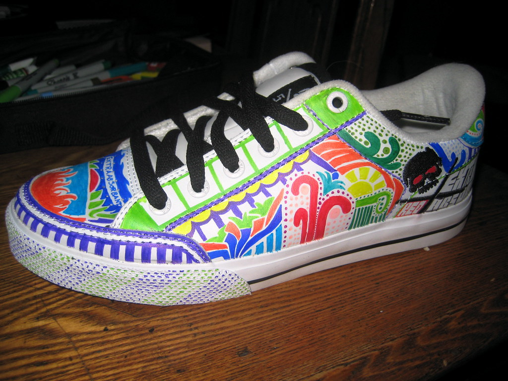 a26524627f9c85 EA shoe 9 (Extraabsorbant) Tags  shoes paint comic style marker sharpies  permanent extraabsorbant