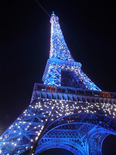 Torre Eiffel de nit pampallugues 1