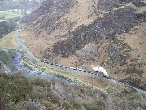 WHR NGG16 #143 in the Aberglaslyn pass