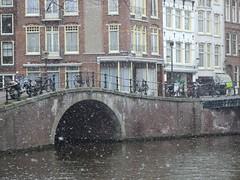 Bridge over Prinsengracht Canal in Amsterdam (Hammers Photos) Tags: snow amsterdam canal prinsengracht
