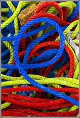 64- Hendaiako portua- nabar sokak (argazkilari 64- No multi invit please) Tags: port puerto harbour vivid 64 img hendaye sokak hendaia polychrome sudouest multicolore cordages coloursplosion followtheblueline