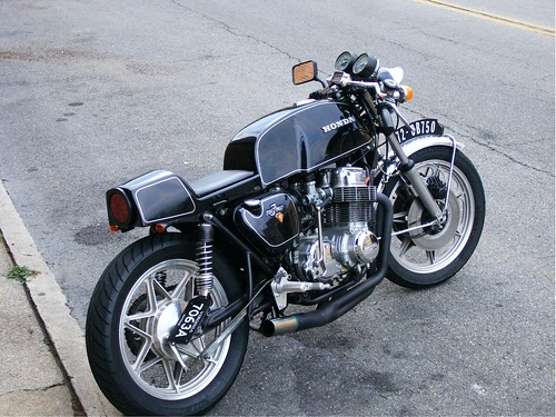 anyone know how to mod gs500 into a cafe racer look.