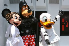 WDW 2008 June - Meeting Disney Star Wars Characters! (PeterPanFan) Tags: travel vacation usa goofy canon duck orlando florida character events disney donald explore disneyworld characters fl minniemouse wdw waltdisneyworld donaldduck themepark 30d themeparks disneystudios fab5 disneycharacters starwarsweekends canon30d disneypictures disneyparks princessminnie disneypics wdwmagic disneyphotochallenge disneyphotochallengewinner darthgoofy stormtrooperdonald disneyphotography disneyimages jonfiedler