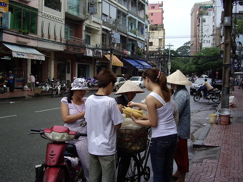 streetvendors_HCMC
