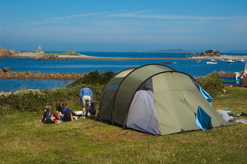 Vaude and Robens Tents – Singletrack Magazine