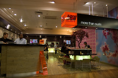 Picture of Yo Sushi, TW6 1QG