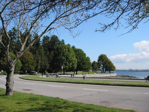 溫哥華史丹利公園的海牆單車道