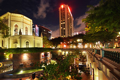 A Night In The City (williamcho) Tags: tourism chijmes singapore restaurants entertainment drinks citylights clubs pubs discos attraction foodbeverage inspiredbylove