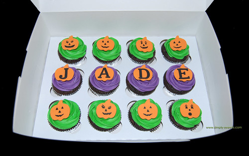 Halloween themed birthday cupcakes